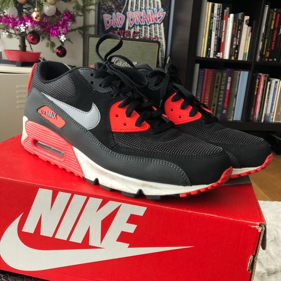 Nike Air Max 90 Essential Mens Size 10